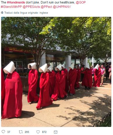 handsmaid proteste aborto